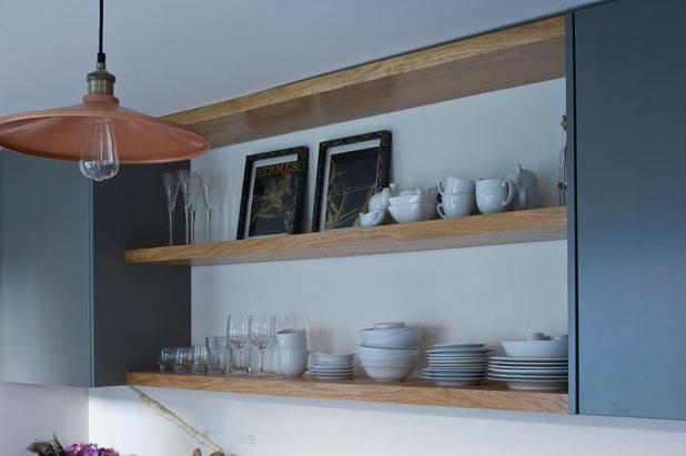 Contemporary  by Jane Higgins Home Design