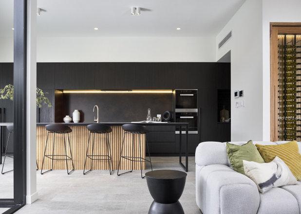 Modern  by Joe Adsett Architects Pty Ltd