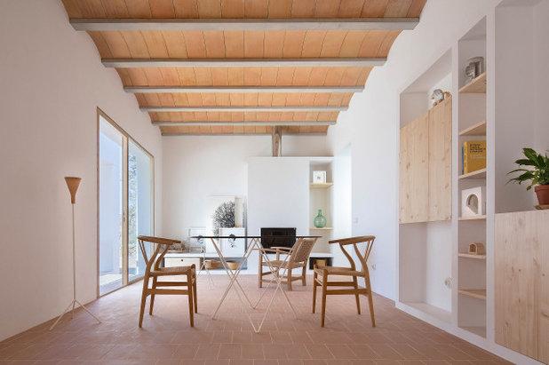 Средиземноморский Семейная комната by Mari Castell, Architecture