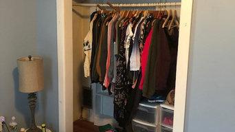 Reach In Closet BEFORE
