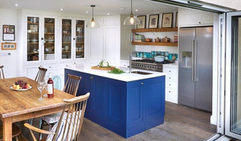 Bespoke Curved Compact Kitchen