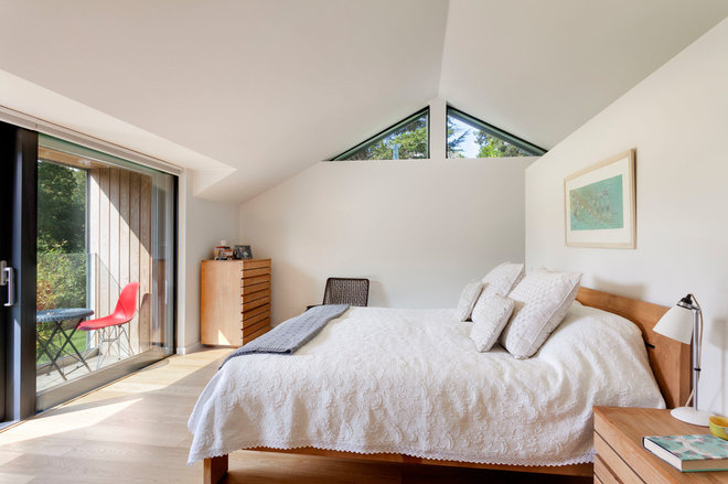 Contemporary by Penton Architects