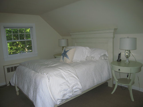 Want To Make A Cozy Bedroom In Small Attic Room