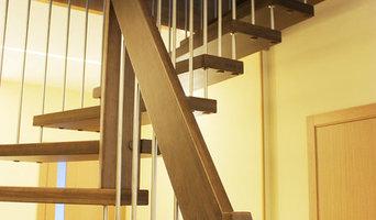 Лестница в таун хаусе