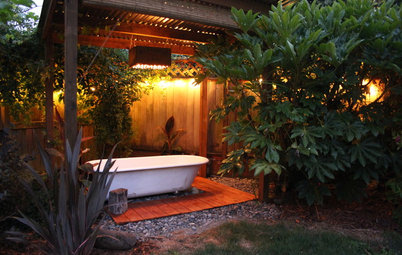 See a Soothing Backyard Bathhouse Born From a Salvaged Tub