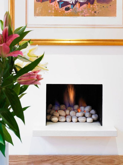 10 ideas for a fireplace facelift for Isokern fireplace inserts