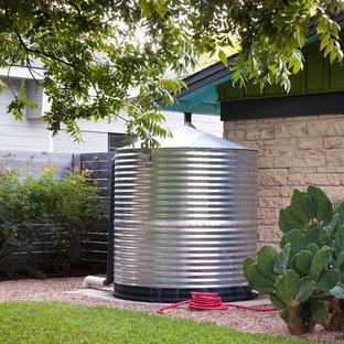 Inspiration for a cottage home design remodel in Austin
