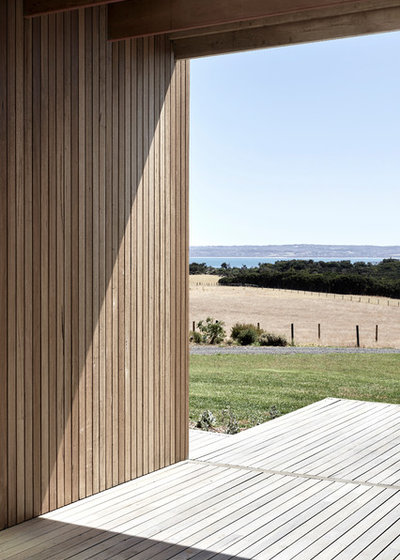 Contemporary  by Tom Robertson Architects