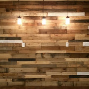Pallet Wood Accents's photo
