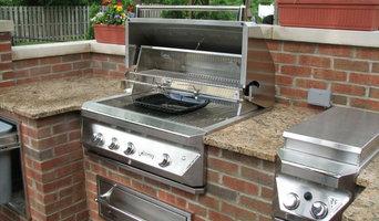 Brick, Granite & Limestone Outdoor Kitchen