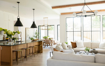 Houzz Tour: New Home With Vintage Touches