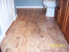 Who Has Vinyl Floors That Look Like Wood Do You Like Them