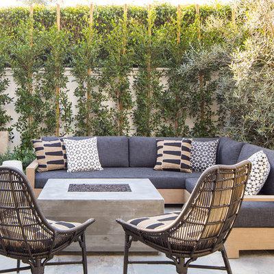 Inspiration for a craftsman home design remodel in Los Angeles