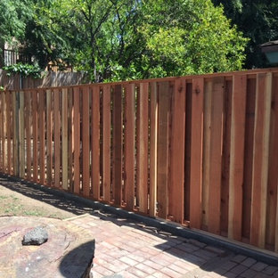 Neighbor Friendly Fence (SIDE 1)