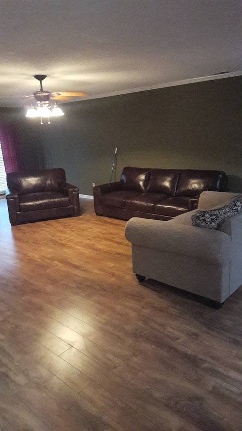 Mixing Leather And Fabric Living Room