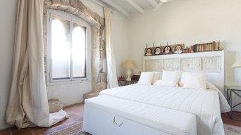 Proyecto de Homestaging y fotografía inmobiliaria Torrejón S.XIV Alt Empordà.