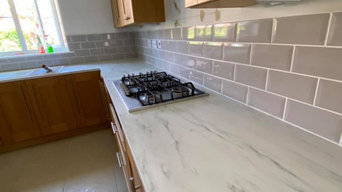 Kitchen tiling and cabinets
