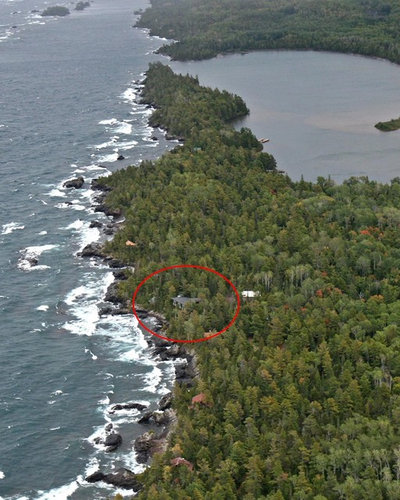 Houzz Tour: Cabin Perched Above Lake Superior