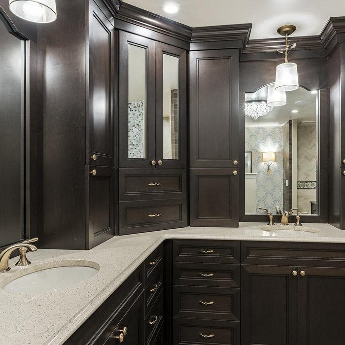 Master Bathrooms/Bathrooms