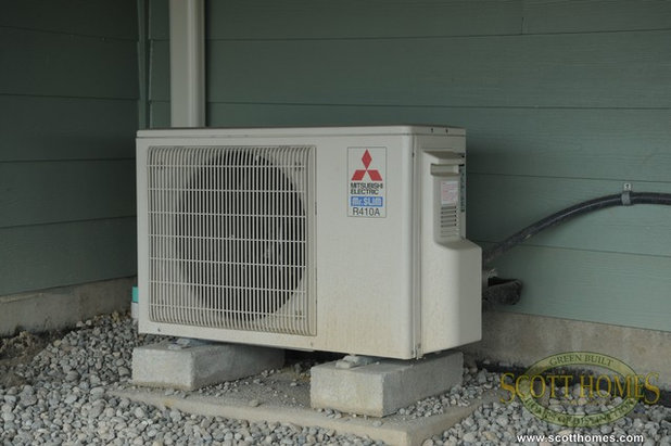10 ways to hide that air conditioner for Ways to hide air conditioning units