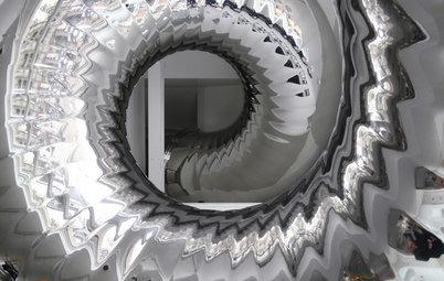 Design Surprises Amaze in an Eye-Popping Manhattan Penthouse