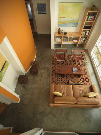 Tangerine Living Room Decor: Color Combos: Khaki And Tangerine