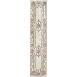 American Traditional Hall & Stair Runners by Rugs America
