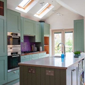 Family friendly kitchen & living space