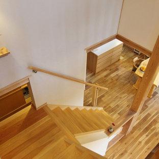 他の地域の和モダンなおしゃれな階段の写真