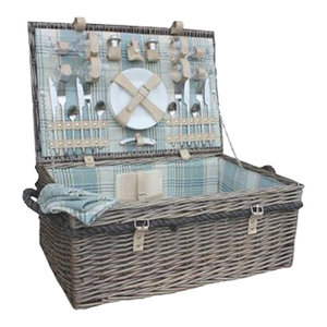 4-Person Deluxe Rope Handled Cream Tartan Fitted Wicker Picnic Basket