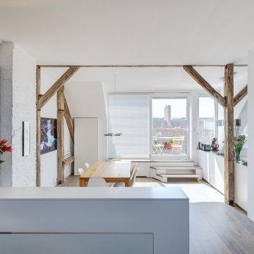 Altes Dachgeschoss wird zum modernen Loft