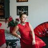 В гостях: Красная хрущевка с роялем на стене