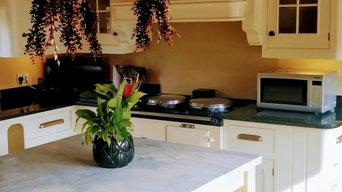 Painting older kitchen units