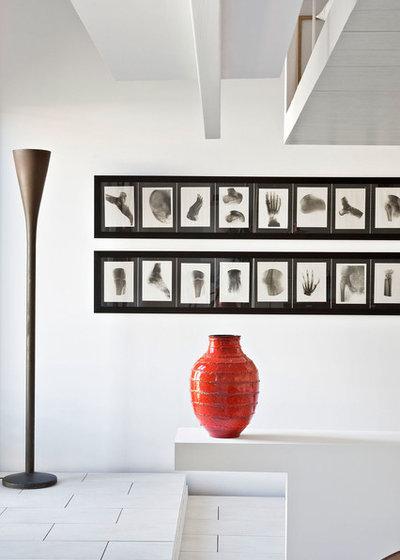 Contemporain  by HRuiz Architecture & Design Team