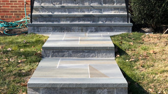Solid One Piece Thermal Flagstone Step with Natural Stone Veneer