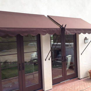 Spear Awnings with Scaloped Valance and Extra Long Spears