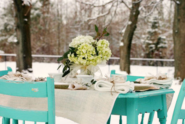 Handmade Home: DIY Outdoor Winter Table Setting