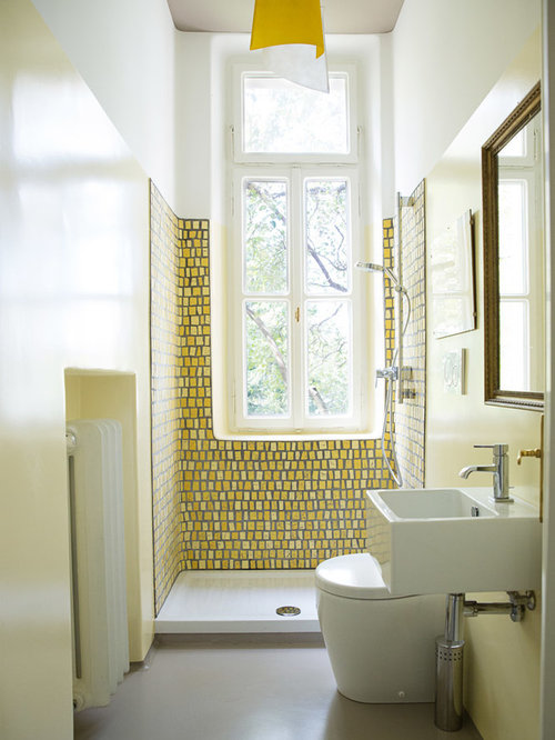 Small bathroom design ideas remodels photos with yellow for Small yellow bathroom ideas