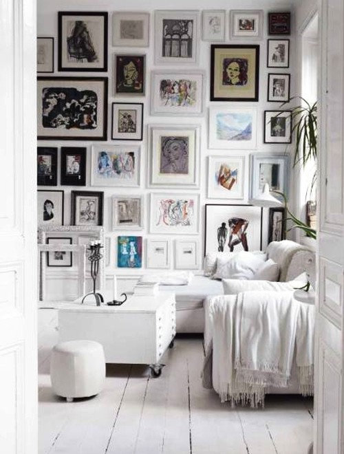 Mix and match frames for a wall collage?