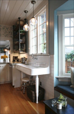style for kitchen. Design style for kitchen furniture was a cross between the austere simple  flat framed Shaker and ornately decorated Victorian Style 5 Details to Introduce Any of Kitchen