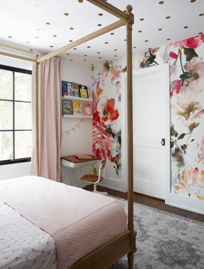 カントリー 寝室 by Great Rooms Designers & Builders