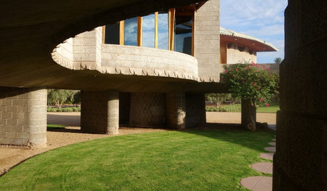 Step Inside a Frank Lloyd Wright House Saved From Demolition