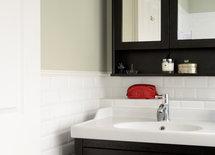Coveting the washbasin!