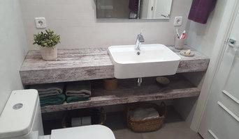 Baño completo con lavabo de semiencastre