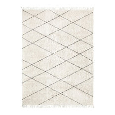 Chevy Diamond Pattern Rug, Cream and Black, 5'x8'