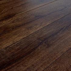 Quick Step Quick Step Reclaime Tudor Oak 12 Mm Laminate Flooring Sample