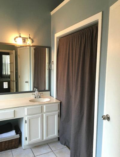 Before: Modern Farmhouse Bathroom