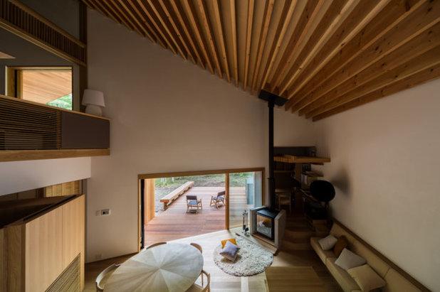 モダン  by KEN YOKOGAWA ARCHITECT & ASSOCIATES INC.