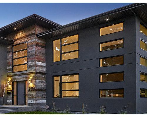 Materiales para fachadas de casas gallery of foto for Casa minimalista tarragona