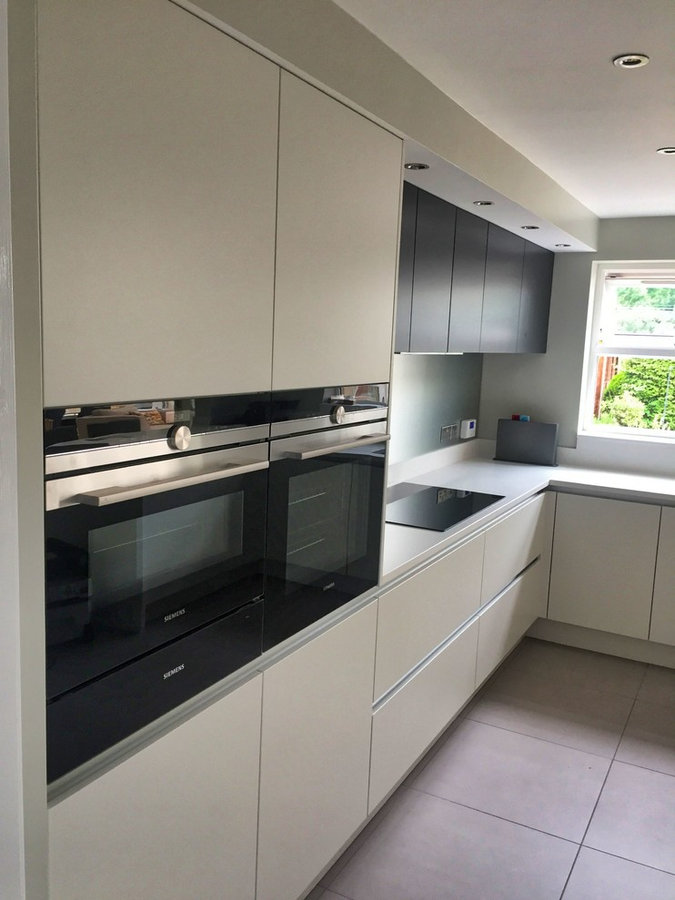 Richmond Modern Handleless Kitchen
